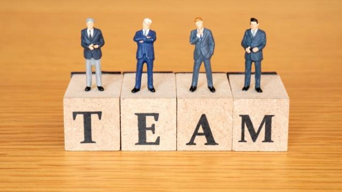 社内でリーダーシップを発揮するために、備えておくべきスキルとは?